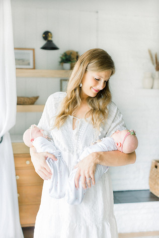 Indianapolis Newborn Photographer | The Stutzman Family | Newborn Lifestyle Session