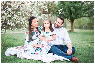 The Shirley Family - Maternity | University Park | Greenwood, IN | Katelyn Ng  Photography