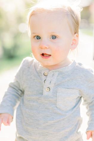 Carmel, Indiana | Spring Maternity Portrait Session | The Hansel Family