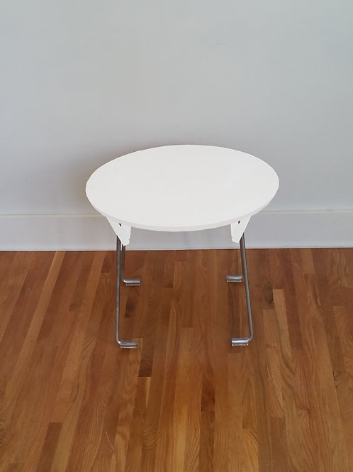 Round, Lounge Table, 23""