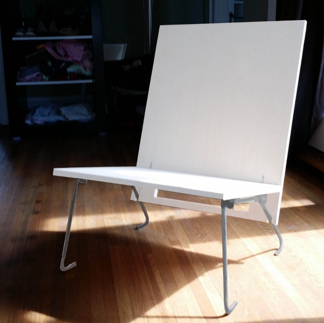 AngelBoo   Made in the USA   Modern Folding Chairs - Simple and Practical Design
