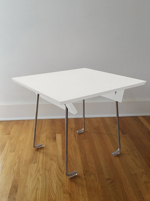 Square, Lounge Table, 23""