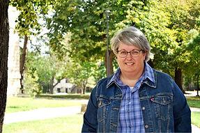 Debby Ponton Headshot.jpg