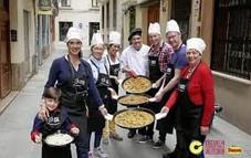 paella cooking.jpg