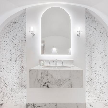 Vaulted bathroom