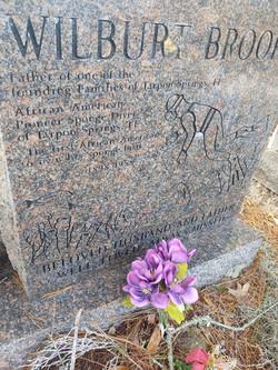 Wilburt Brook's Sponge Diving Headstone