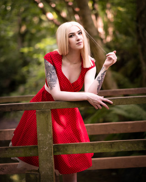 Glamour & Portrait Photography with Sammie on the bridge over the stream