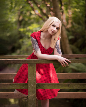 Glamour & Portrait Photography with Sammie resting on the bridge