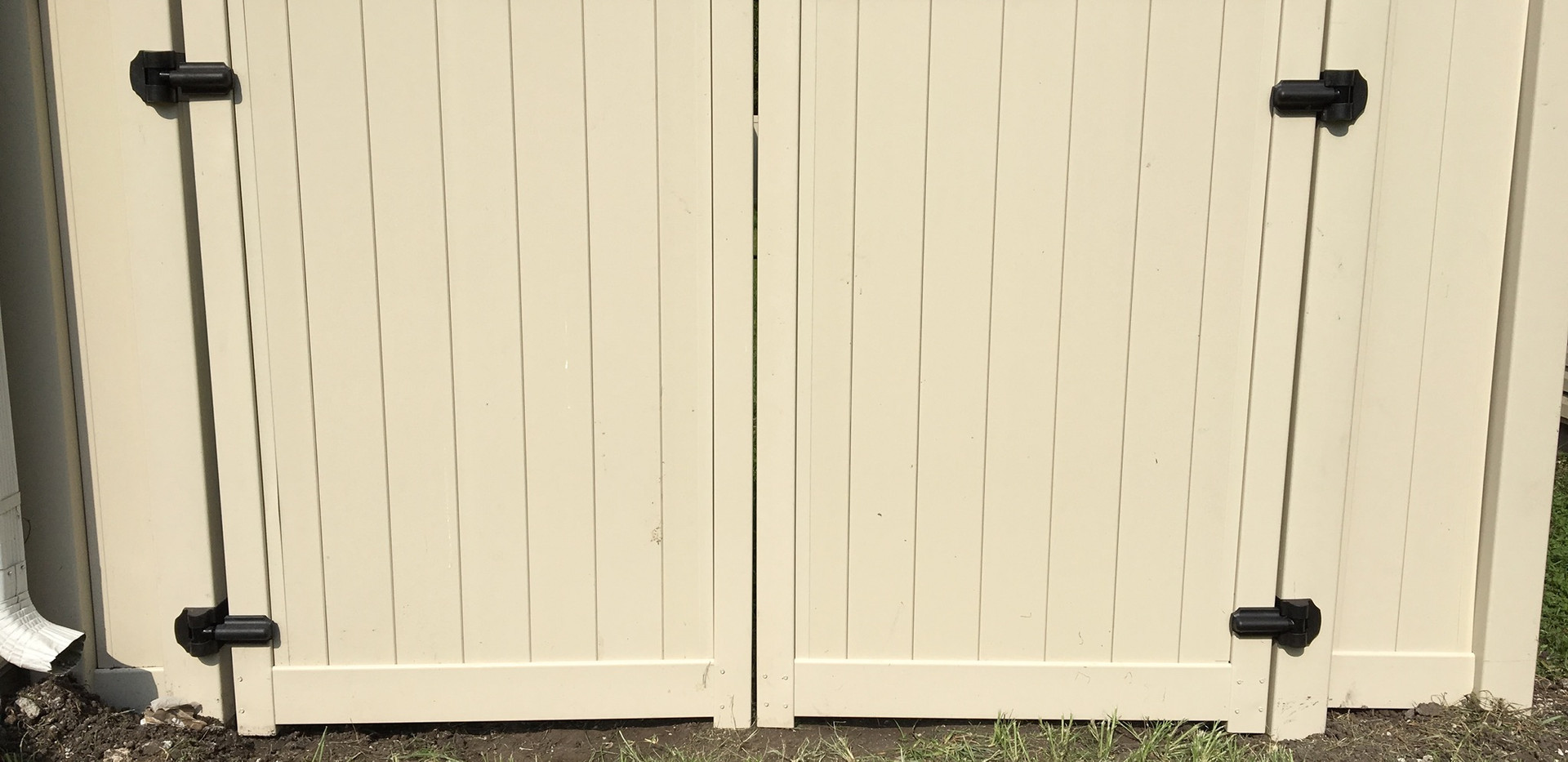 Double Door Fence.jpg