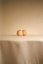 김지희, 사물들 #03 Kiss of Eggs, 2020.jpg