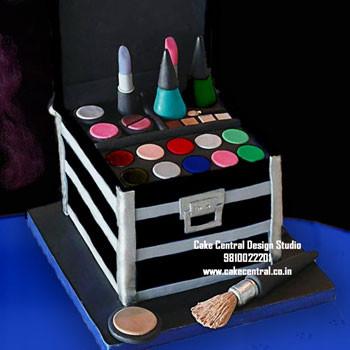 Makeup Kit Cake Delhi Online