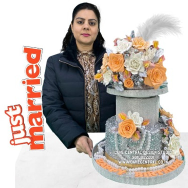 Silver Wedding Cake in Delhi NCR