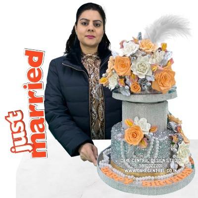 Silver Wedding Cake in Delhi NCR