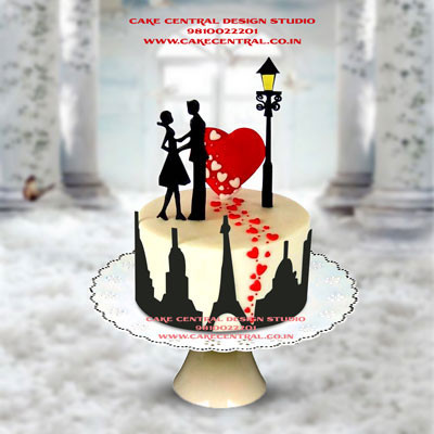Eiffel Tower Romance Heart Cake in Delhi