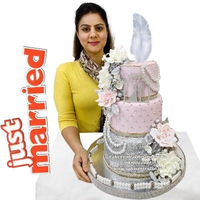 Pink & Silver Wedding Cake in Delhi Online