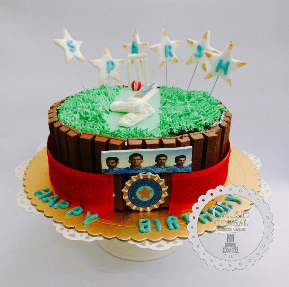 Kids Cricket Field With Indian Team Birthday Cake Online Delhi