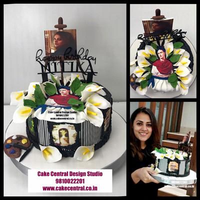 Romantic Floral Cakes in Delhi Online
