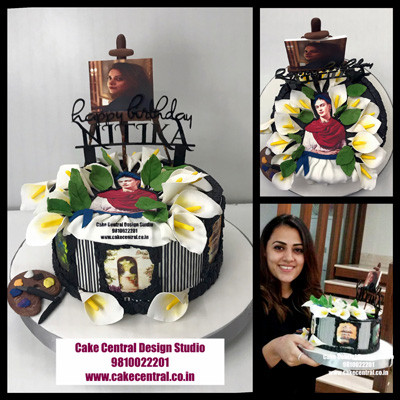 Romantic Floral Cakes in Delhi Online