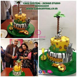 Jungle them cake for Kids Birthday in Delhi Online | Animal theme  Cake in  Delhi  Online