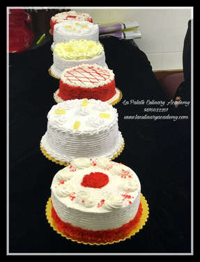 Baking Classes Delhi , Cake Deocration Classes Delhi , Cooking Classes Delhi , Baking Cooking & Courses Delhi .Learn to make Edible Figurines . Professional Baking Classes & Courses in Delhi , La Palate Culinary Academy