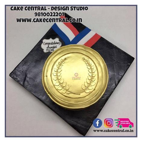 Gold Medal Shaped Cake in Delhi