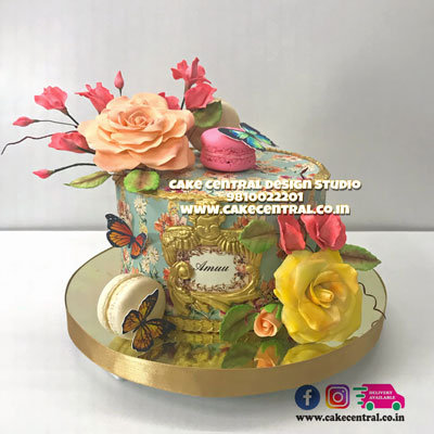 Floral Wedding Anniversary Cake in Delhi Online