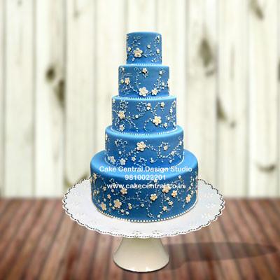 Blue Wedding Recepetion Cake in Delhi Online