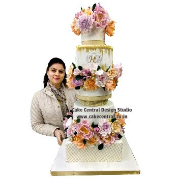 Luxurious Wedding Engagement Cakes Designs in Delhi