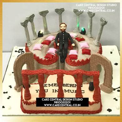 Theatre Shaped Cake in Delhi Online_for father