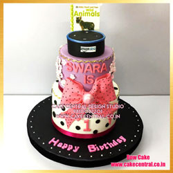 First Birthday Pink Bow Cake in Delhi Online