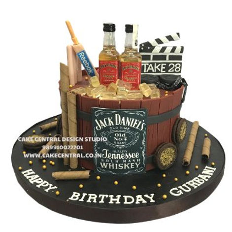 Jack_Daniels_Whisky_Scotch_Themed_Birthday_Cake