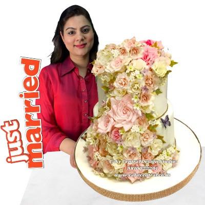Floral Wedding Cake in Delhi