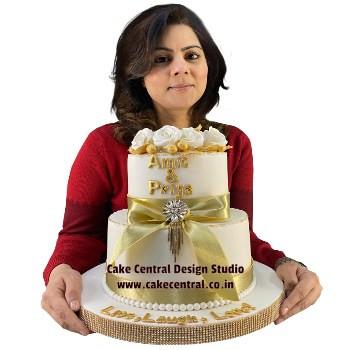 Elegent Wedding Engagement Cake Design Delhi