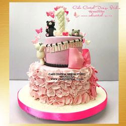 Teddy Bear First Birthday Cake in Delhi Online for Baby Girl