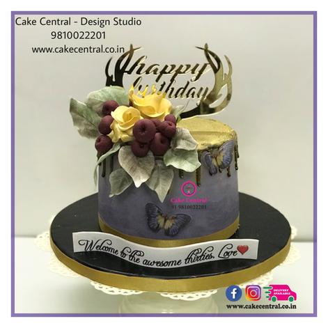 Fancy Golden Floral Cake in Delhi