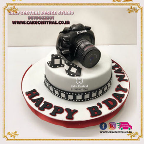 Camera_Photographer_Birthday_Cake_for_Husband_Delhi_Online