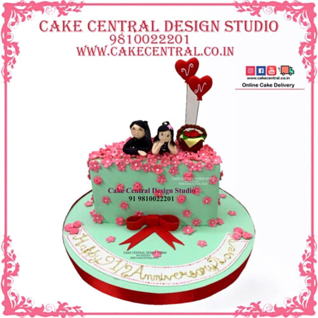 Double Heart Romance & Love theme Cakes for Couple in Delhi Online