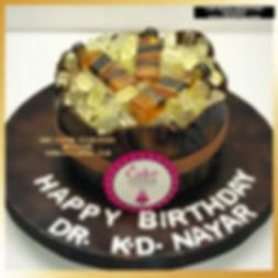 black label scotch whisky Barrel Cake in Delhi Online
