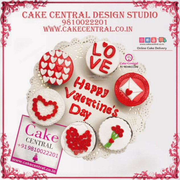 Love & Romance  theme  Cup Cakes in Delhi Online