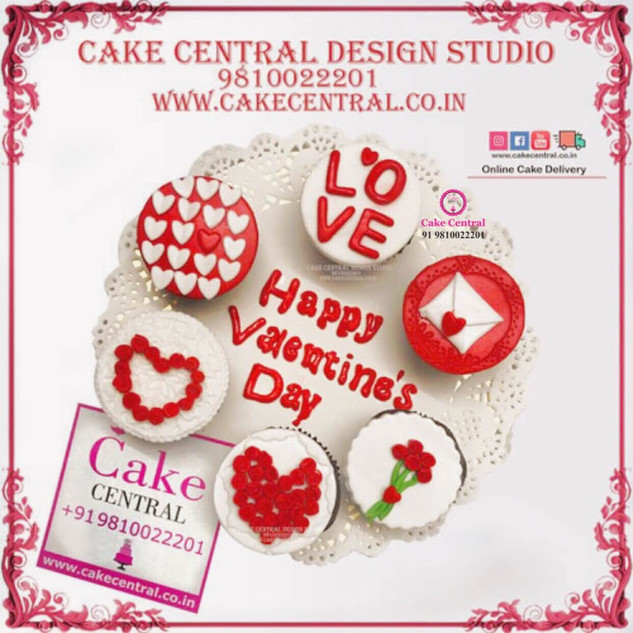 Love & Romance  theme  Cup Cakes in Delhi Online