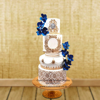 Reception Cakes Designs in Delhi Online