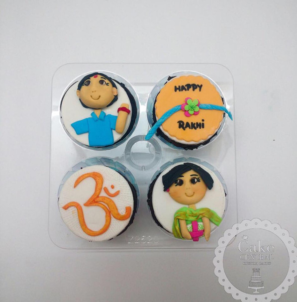 Buy Online Festive Cupcakes in Delhi NCR Online with Delivery