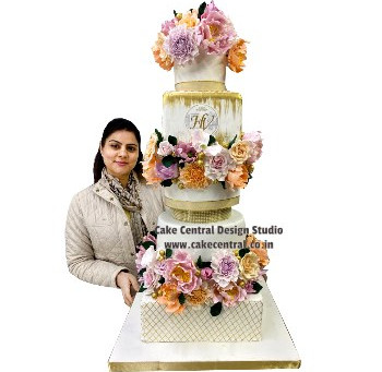Order Beautiful Cakes In Delhi Online