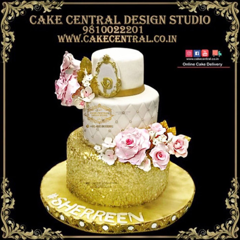 Elegent White Gold Wedding Cake Delhi Online