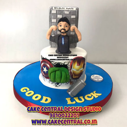 Superhero_Birthday_Cake_for_Boyfriend_Design_Delhi