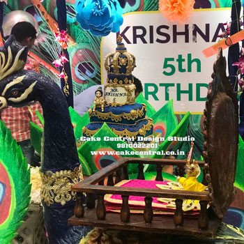 Krishna Themed Birthday Cake in Delhi Online