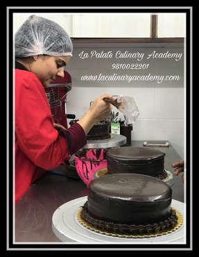 Professional Baking Classes Delhi | Cake Decoration Classes Delhi | Cooking Classes Delhi |  La Palate Culinary Academy , New Delhi, Delhi