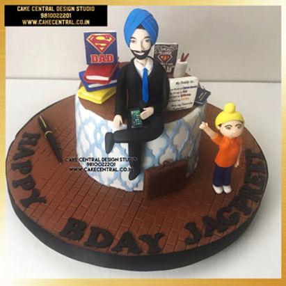 Super Hero Dad Cake in Delhi Online