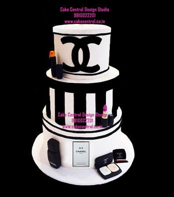 Luxury Chanel Makeup Cake Delhi Online