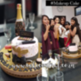born_to_shop_cakes_delhi_online